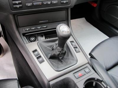 BMWM3純正6速MTが入庫しました!!前回入庫の車両も即売約になっており、ご検討のお客様はぜひお早目にご検討ください。
