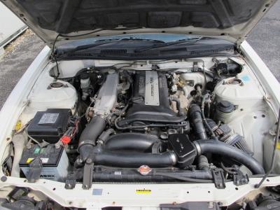 メーカーカタログ引用エンジン型式SR20DET 出力220p(162kW)/6000rpm水冷直列4気筒DOHC16バルブICターボこのままライトチューンで乗るも良し、チューニングしていくも良し!!