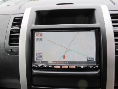 純正HDDナビTV装着済み、また純正ETC装着やバックカメラも付いた車両になります。MKWブラックのMK−4616インチ装着BFグットリッチのオールテレンタイヤで見た目もグットです。