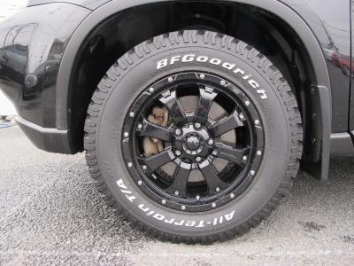 MKW、MK−46ブラック16インチアルミホイールにBFグットリッチオールテレンタイヤ!!車検2年お取りしてのご納車になります。