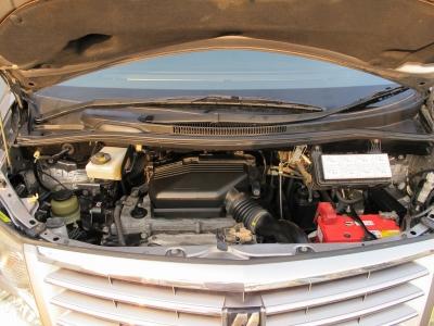 メーカーカタログ引用2AZ-FE 出力159ps(117kW)/5600rpm トルク22.4kg・m(220N・m)/4000rpm 種類水冷直列4気筒DOHC 総排気量2362cc
