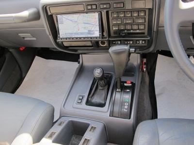 E−FZJ80Gランクル80が入庫しましたリフトアップ済みの決まったお車をぜひお見逃しなく!!