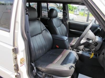 運転席、助手席はパワーシート純正装備のリミテッド、シートヒーター、クルーズコントロール付き、メンテナンス記録も多数残っております。ぜひご検討ください。