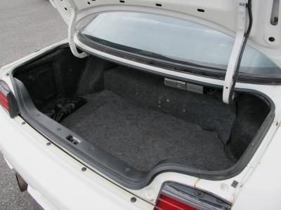 天井の状態も良く、MF-T専用内装、momoエアバック付きハンドルなどこの年式としては状態が良くぜひ限定車オーテックバージョンMF-Tをご検討ください。