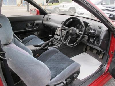 1オーナー車のHCR32純正5速MTが入庫しましたてんばりの状態やダッシュボードは少々ウキはございますが、状態も有効です!!ぜひHCR32をお探しのお客様はお早目にご検討ください。