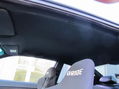 フロントリップスポイラー、リアウイング、車高調、マフラー、リアディフィューザーカーボンパネル、運転席ブリットフルバケ、助手席スパルコセミバケ、スパルコディープコーンハンドル3Dデザイン鍛造18AW