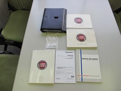 取扱説明書、新車保証書、記録簿、オーディオセキュリティカード完備48645KM時にタイベルW/P交換ステッカー有ます。