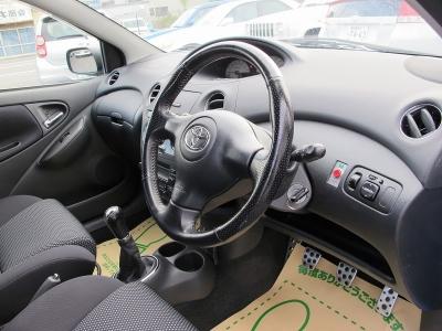 運転の楽しいヴィッツRS TRDターボが入庫しました。トヨタディーラー整備記録もしっかりございますので、ぜひお探しのお客様は必見車両!!