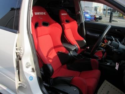 内外装上質な無事故車のランサーエボリューションVIIIが入庫しました。ぜひお早目にご検討ください。