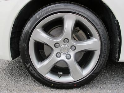 1オーナー車ヴェロッサVR25が入庫しました。当社にてNEWタイヤ215/45/17前後装着済み!!車検前倒しなどもご相談ください。