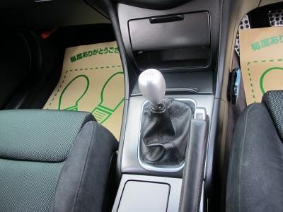 内装はレカロ運転席、助手席がセットされたユーロR楽しいお車になりますので、ぜひ検討してみてください。