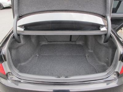 大きなお荷物はラゲッチスペースをご利用ください。VTECエンジンをぜひお楽しみください。