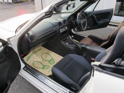 車検も令和3年まで付いたNBロードスターが入庫しました。チューニングするも良しのお車です。セカンドカーにもどうでしょうか?