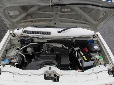 エンジン型式K6A出力64ps(47kW)/6500rpmトルク10.8kg・m(106N・m)/3500rpm種類水冷直列3気筒DOHC12バルブICターボ楽しいMT車です。