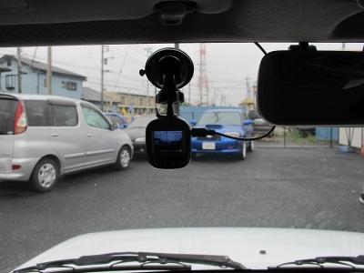 必需品ドライブレコーダー装着しております。