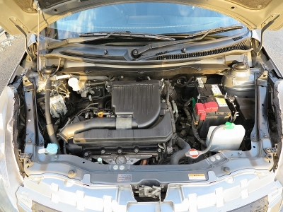メーカーカタログ引用エンジン型式K12B出力91ps(67kW)/6000rpmトルク12.0kg・m(118N・m)/4800rpm 水冷直列4気筒DOHC16バルブ