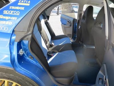 快音車検対応のブリッツマフラーが装着されています。