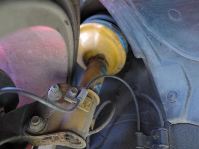 限定車ブリッツェン2002が入庫しました。タイベル交換済み、ビルシュタイン足廻りや社外マフラー装着、Defi追加メーター油温油圧ブースト計装着とブリッツェン2002お探しのお客様はぜひ!