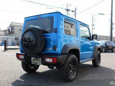 未使用登録車 スズキジムニーシエラJLスズキセーフティサポート装着車が入庫しました。ケンウッド8インチナビ地デジフルセグTV、ビルトインETC装着済みです。