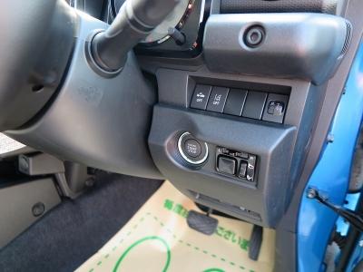 デンソービルトインETC装着してあります。装備充実なジムニーシエラスズキセーフティーサポート装着車をぜひご検討ください。