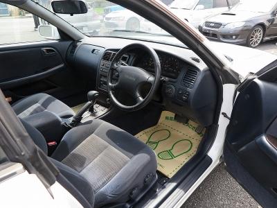 ただのセダンではない90ツアラーV大変楽しくBBS17インチ装着済みの機関面ノーマル車!!内外装上質です。ぜひご検討ください。