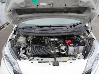 エンジン型式HR16DE 出力140ps(103kW)/6400rpm トルク16.6kg・m(163N・m)/4800rpm 種類水冷直列4気筒DOHC