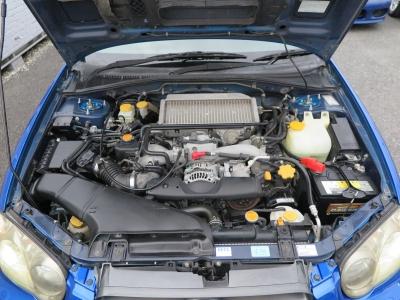 メーカーカタログ引用エンジン型式EJ20         出力250ps(184kW)/6000rpm         トルク34.0kg・m(333N・m)/3600rpm         種類水平対向4気筒DOHC16バルブターボ