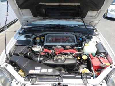 メーカーカタログ引用エンジン型式EJ20        出力280ps(206kW)/6400rpm        トルク39.2kg・m(384N・m)/4400rpm        種類水平対向4気筒DOHC16バルブICターボ