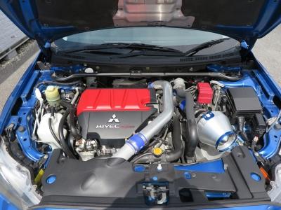 メーカーカタログ引用エンジン4B11 MIVECインタークーラーターボ      出力280ps(206kW)/6500rpmトルク43.0kg・m(422N・m)/3500rpm      種類直列4気筒DOHC16バルブICターボ