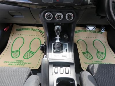 シフトでもMTモードに切り替えが可能になる為ドライバーを楽しませてくれます。