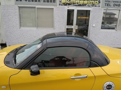塗装落ちのないお車です。電動オープンなのでスムーズにオープンカー状態で走行頂けます。