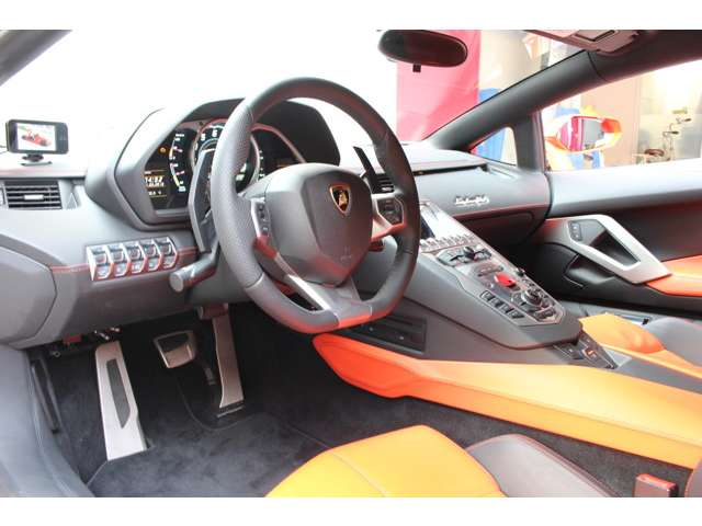 car12