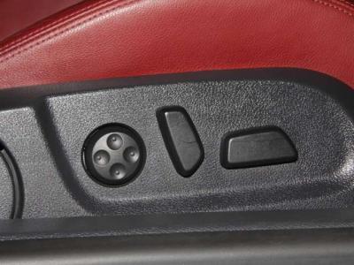イオスのV6は前席左右パワーシート、シートヒーター付きです!!