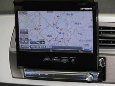 カロッツェリアHDDナビにフルセグTV、バックカメラにBluetooth、USBケーブルと必需品のドライブレコーダーが装備されております。