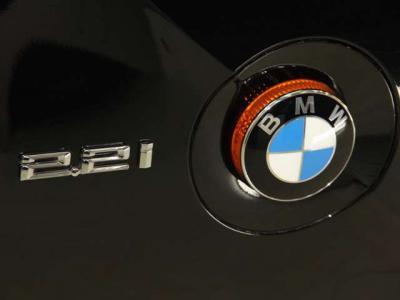 軽快で、経済的な2.2LのZ4です!!