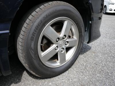 タイヤの溝もバリ山です!