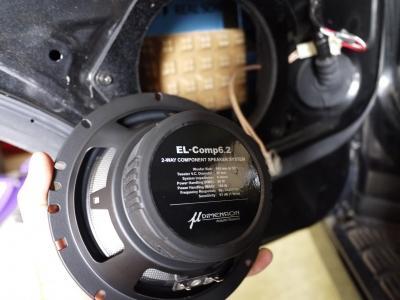 200系ハイエース ワンボックスネットワーク Aピラードアスピーカーフルセット取付