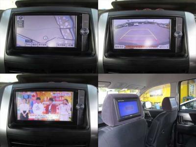 フロントシートはヘッドレストモニターが付いています。バックカメラ付です。地デジも綺麗に映ります。社外地デジナビ取付も可能です。お気軽にご相談ください。