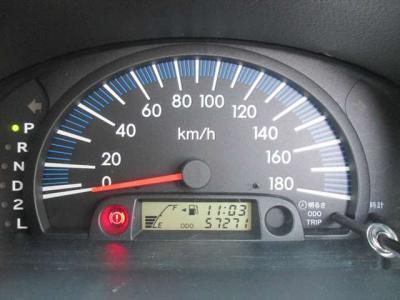 走行距離が5万キロ台です。調子も良いので、まだまだお乗りいただけますよ!