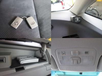 スマートキーが2つです。コーナーセンサーもありますので、駐車も安心です!ETCが装着されています。両側電動スライドドアになります。