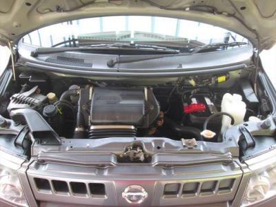 エンジン好調です!ターボも良く効きます。エンジンルーム内も綺麗に清掃済みです。