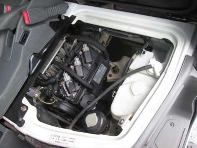 エンジン好調です!タイミングベルトは交換済みです。エンジンルーム内も綺麗に清掃済みです。