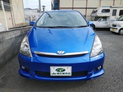 トヨタ・ウィッシュの低走行車のブルーです(^^)/是非お早めにご覧下さい(^^)/