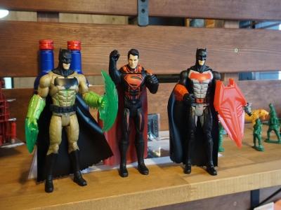 バットマンとスーパーマンとバットマン。強いスターがいっぱい。