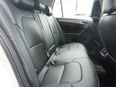 後ろのシートもキレイな仕上がりです。
